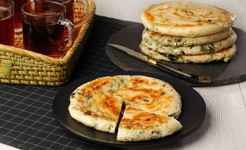 """</ """"نان در میانوعده که داخلش سبزی و پنیر است """"=jpg"""" alt.نان-سبزی-پنیر""""=img src>"""